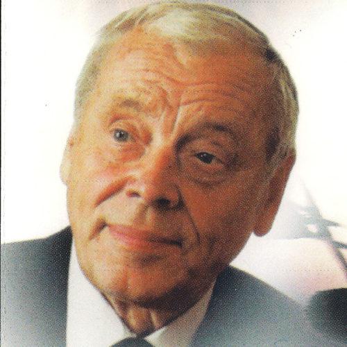 Bernard Ładysz (ur. 24 lipca 1922 w Wilnie[1], zm. 25 lipca 2020 w Warszawie